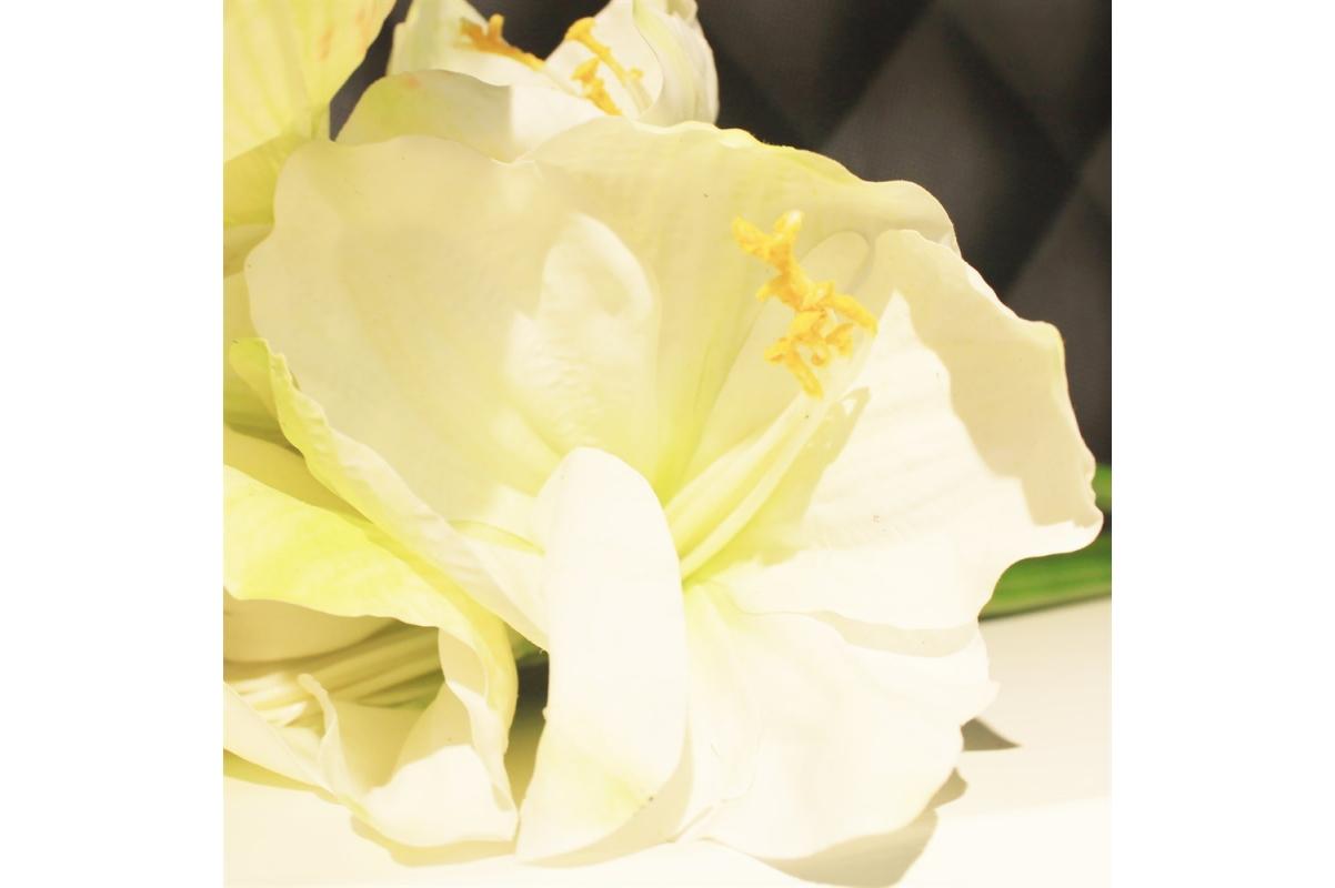 Амариллис 3 цветка и 1 бутон искусственный белый 75 см (real touch) - Фото 3