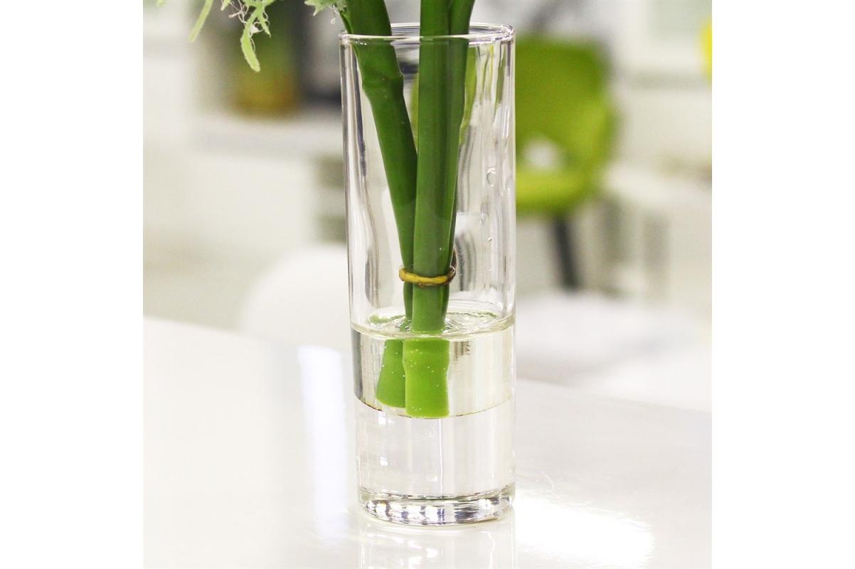 Композиция Гвоздика в стеклянной вазе 22 см - Фото 4