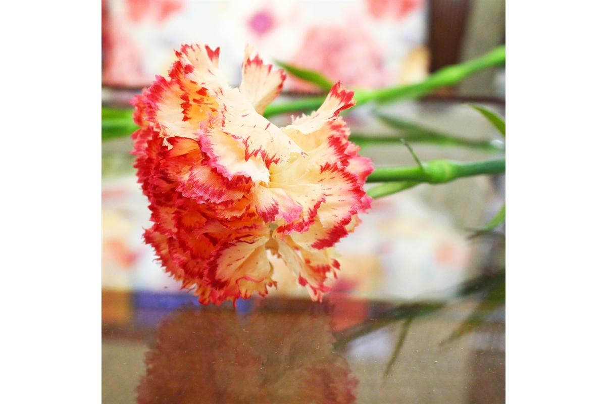 Гвоздика искусственная желто-красная 55 см - Фото 3