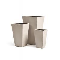 Кашпо Treez Effectory серия Beton высокая трапеция белый песок от 40 до 67 см
