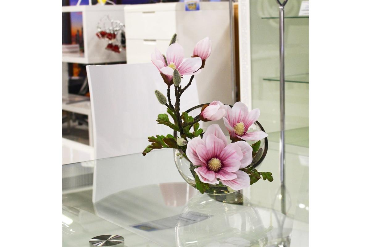 Магнолии искусственная светло-розовая в стеклянной вазе со скосом 34 см - Фото 4